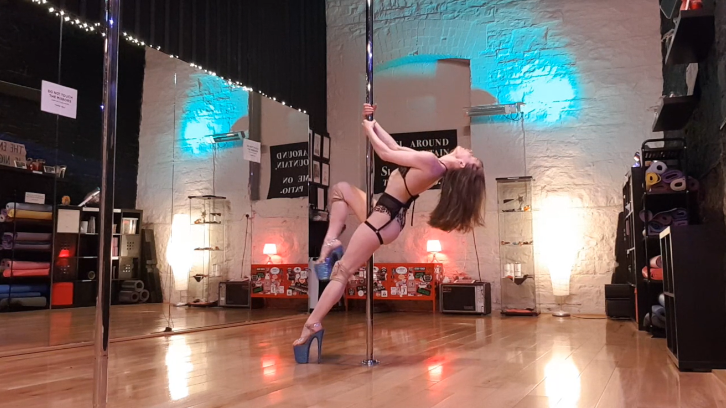 advanced pole dance choreography June 2020