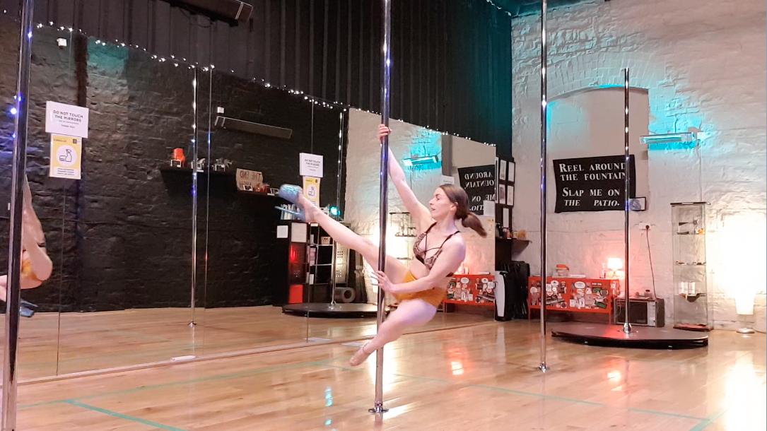 Arlene demonstrating rock star spin
