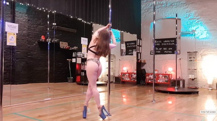 strong hold to strong hold inside leg pole dance tutorial