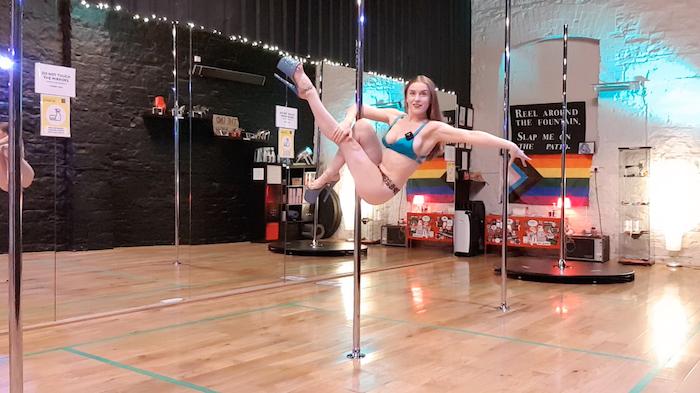 pole dance tutorial martini sit